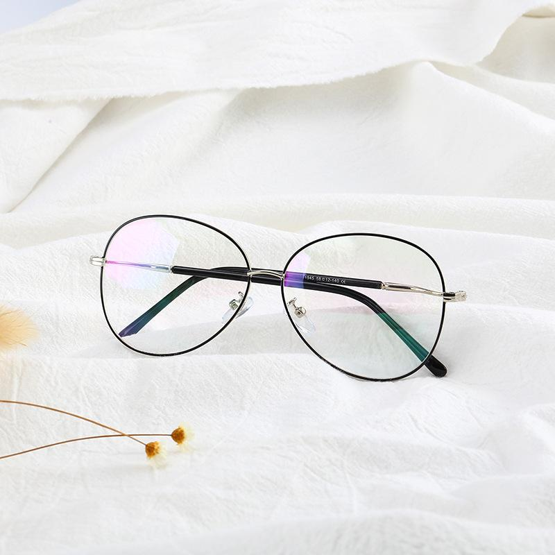 48e1a8cf38d 2019 Classic Big And Small Size Women Pilot Frame Glasses Retro Men  Original Clear Lens Glasses Frog Reading Eyewear From Marquesechriss