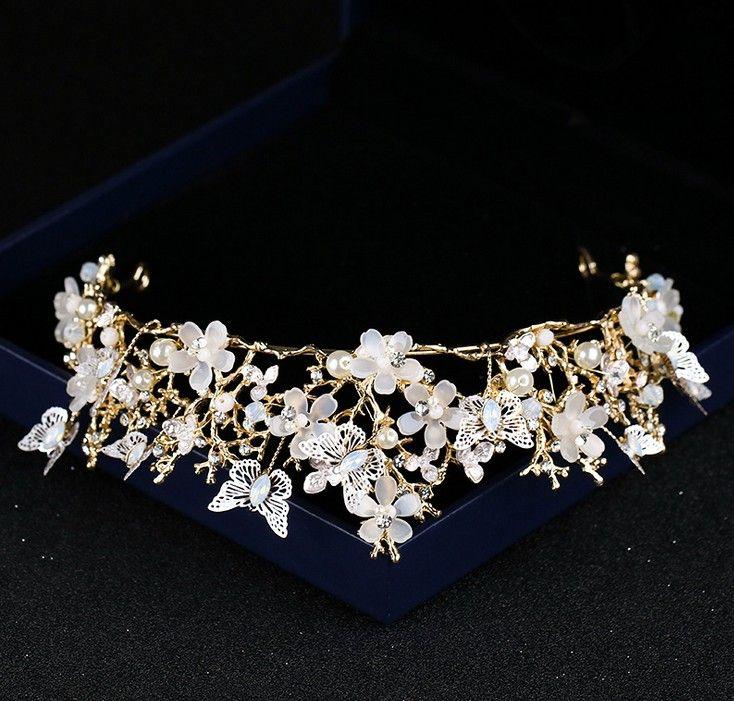 https://www.dhresource.com/0x0s/f2-albu-g10-M00-32-E7-rBVaWV0W38WARgfRAAH6HEBRiho708.jpg/luxury-flowers-wedding-bridal-tiara-rhinestone-head-piece-crystal-bridal-headbands-hair-accessories-butterfly-evening-bride-crown.jpg