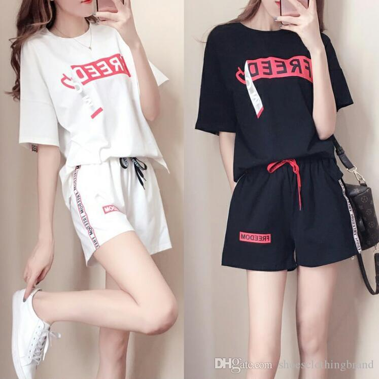 Damen Punk Polo Kleidung 2019 Sommer Korean Damen Kurzarm T-Shirt Damen Tops + Shorts Casual Sport Zweiteiliges Set