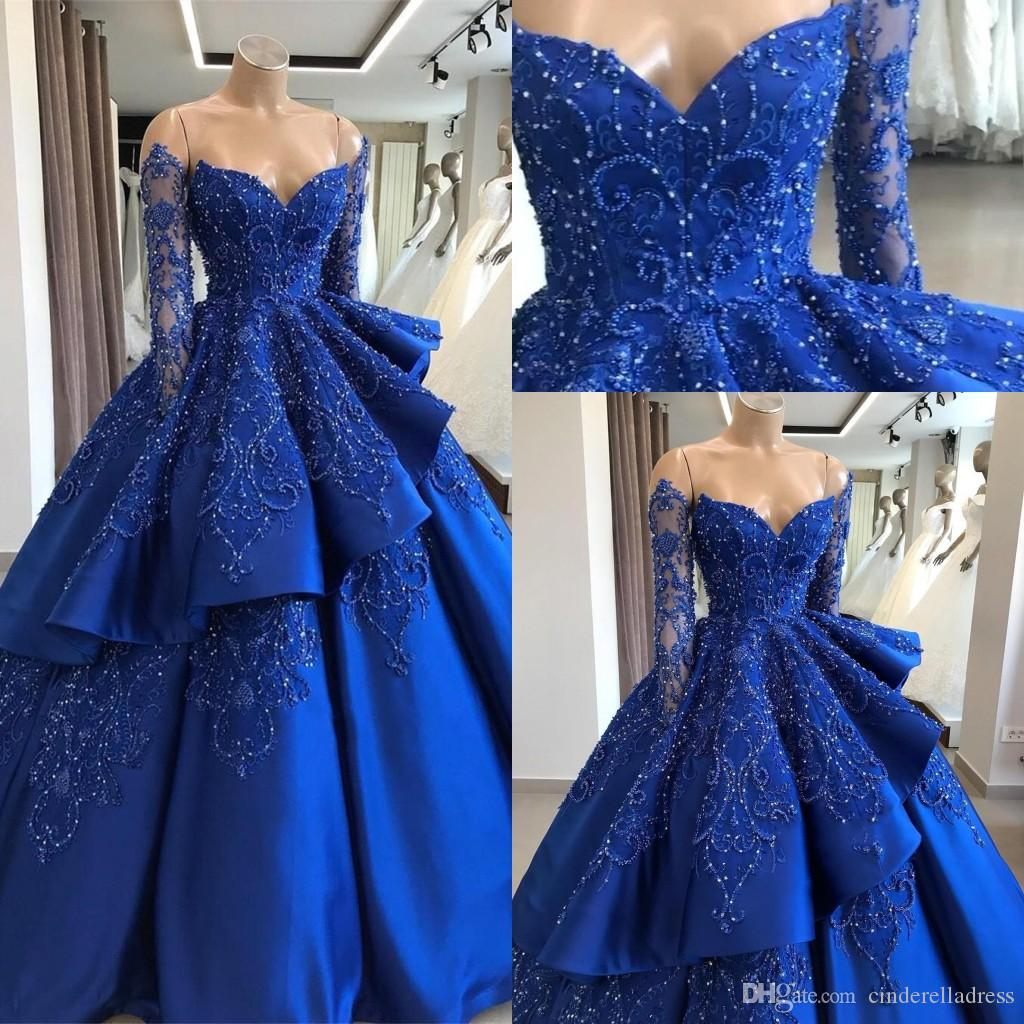 Off The Shoulder Satin Quinceanera Vestidos 2019 Manga Longa Bordado Frisado Em Camadas Vestido De Baile Sweep Train Partido Vestidos de Princesa BC1125