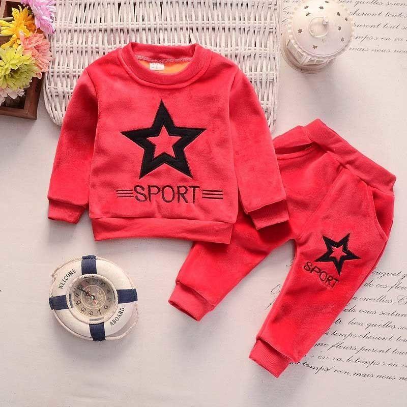 ca4d92146d0ae Acheter 2019 Enfants Vêtements Ensembles Manteau + Pantalon Mode Lettre Bébé  Garçon Enfants Automne Hiver Costume Automne Coton Survêtement De Sport En  ...