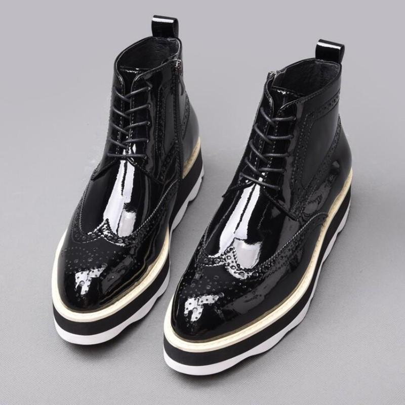 Fashion Mens Patent Leather Pointed Toe Brogue Wing Tip Ankle Boots Punk Med Heels Wedges Thick Shoes Lace Up Motor Biker Boots
