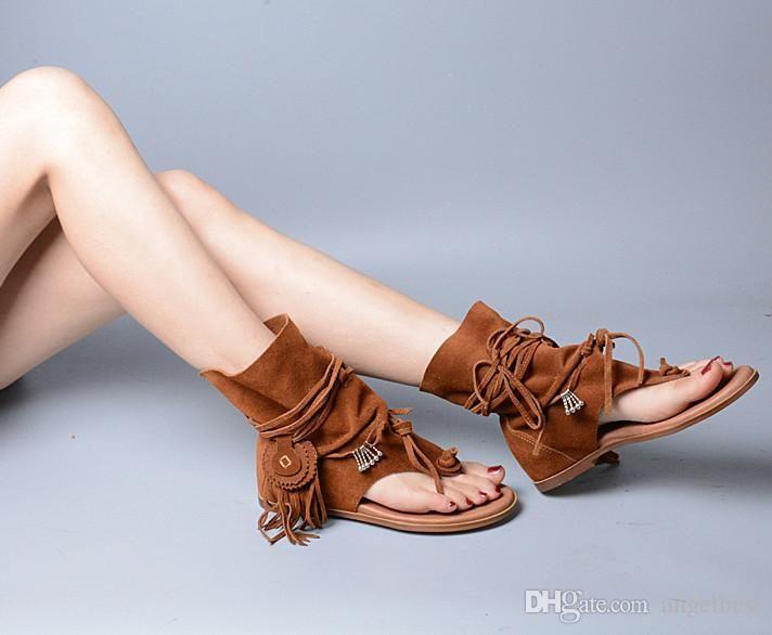8e3e49b9a1838 Boho Style Vintage Frauen Schuhe Flache Sandalen Fransen Quaste Sommer  Sandale Stiefel Gladiator Strand Schuhe Aus Echtem Leder 2,5 cm Höhe  Erhöhen ...