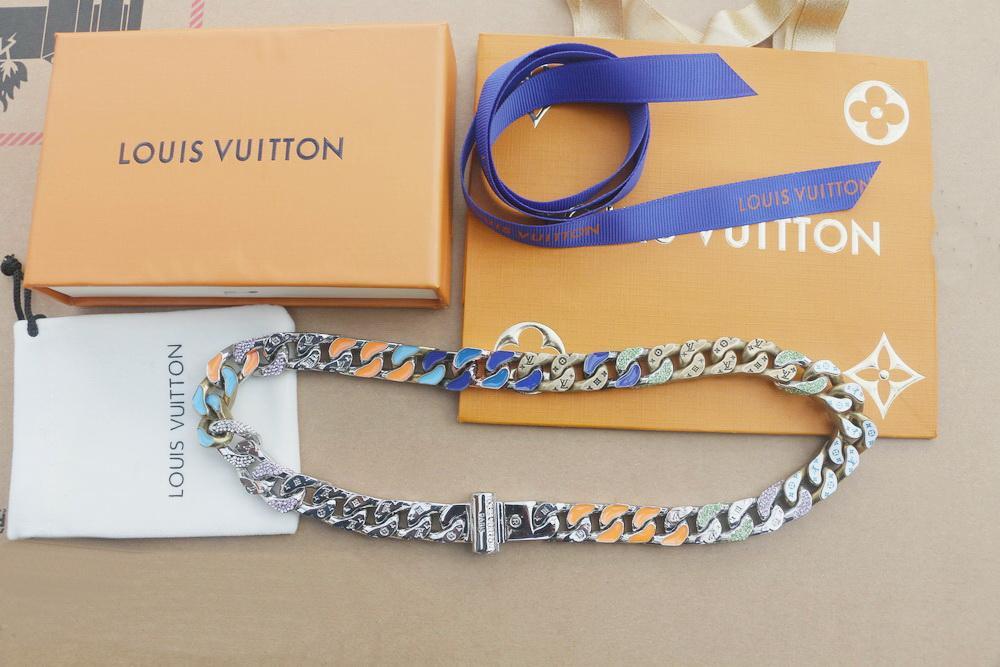 جديد وصول رجال أزياء التيتانيوم الصلب محفور أربع أوراق زهرة ملونة المينا الماس 18K مطلية بالذهب سميكة وصلات سلسلة القلائد 2 اللون