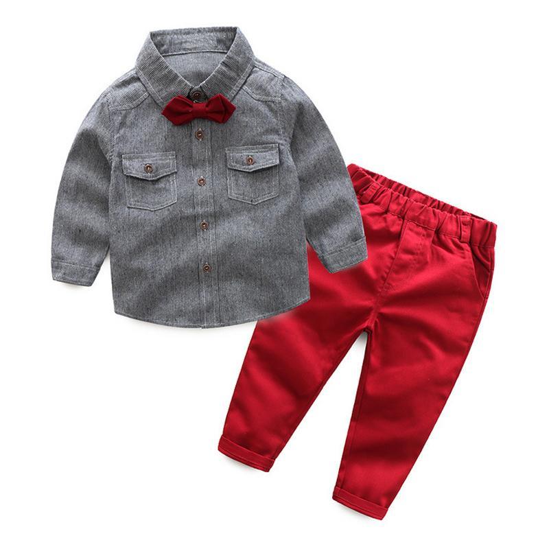192ef3bdb Compre Conjunto De Ropa Para Niños Pequeños Para Niños Bebés Camisa De Manga  Larga Gris Con Lazo + Pantalón   Traje Rojo Para Niños Ropa Casual Para  Niños A ...