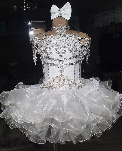 New White Crystal Flower Girls' Dresses for Weddings Cupcake Beaded Sequins Knee Length Girl Communion Dress Custom Made