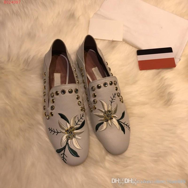 Top quality women's metallic elements with embroidered delicate women's  shoes All imported leather fabrics casual slip-on shoes