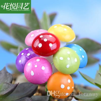 Foraway 8 colori Miniature Mushroom 50pcs per lotto all'ingrosso Fairy Garden Colorful Bonsai Decoration Spedizione gratuita