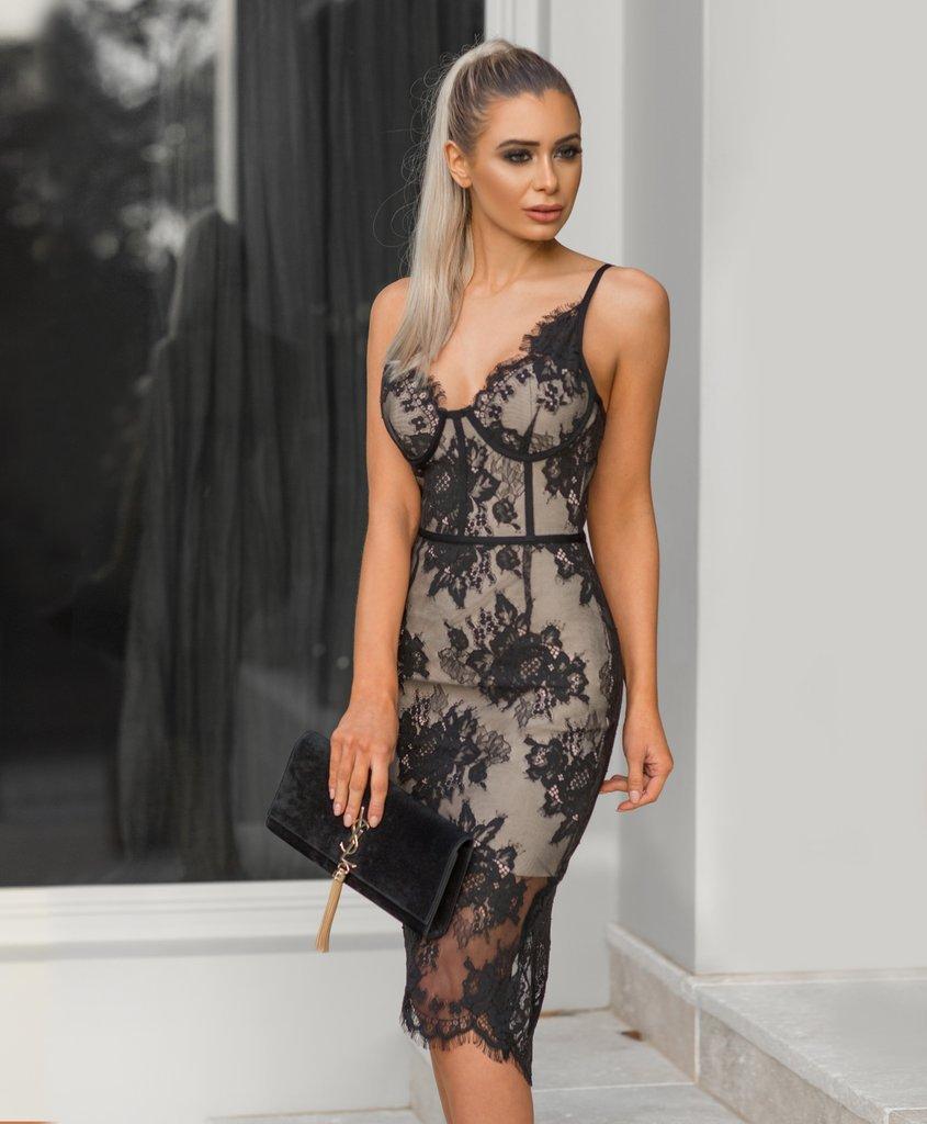 961df0606764d 2019 neue europäische und amerikanische mode sexy frauen sling V-ausschnitt  spitze stickerei mittellange verband abnehmen kleid