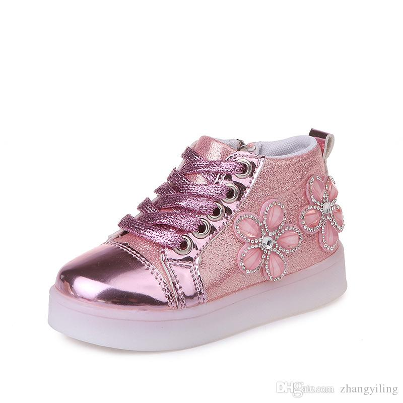 a0ae40d34 Korean Fashion Leisure Lighting Shoes Flower Drill Cartoon LED Light  Emitting Shoes Soft Soled Children Shoes Dress Boots For Kids Shoes For  Preschoolers ...