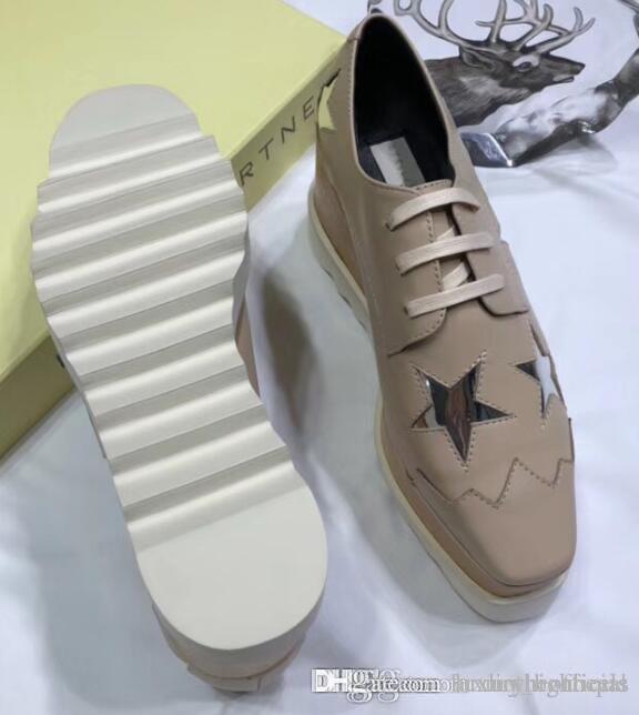 b88fc04f86 Compre Sapatos De Couro SM Moda Plana Sapatos Por Atacado Pequenos Sapatos  Brancos Das Mulheres Pequena Coringa Placa Sapatos Aumentou Homens Correndo  Lona ...