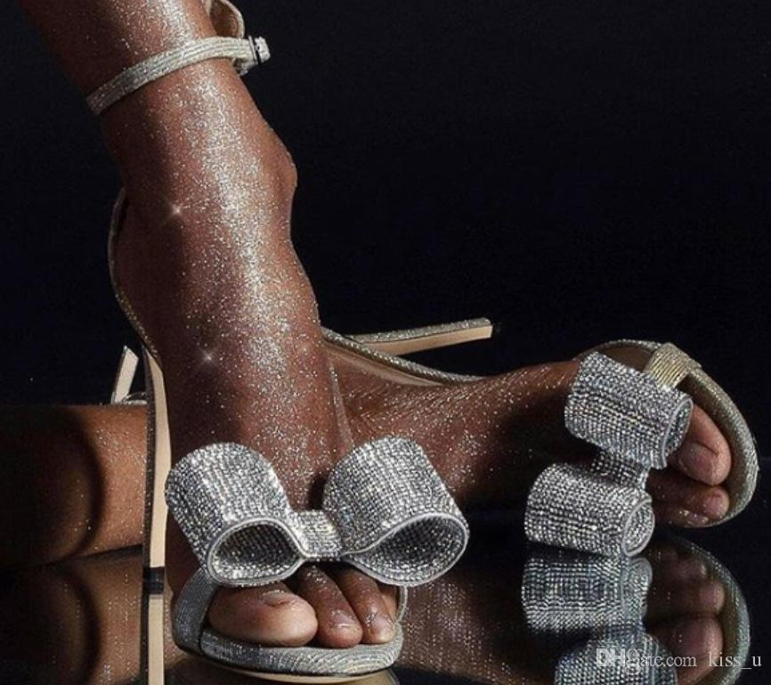best authentic e62bf 93d51 Donne Pompe 2019 Sandali con tacchi alti PU Colore argento Donna Scarpe con  tacco da donna Sandali di cristallo casual da donna