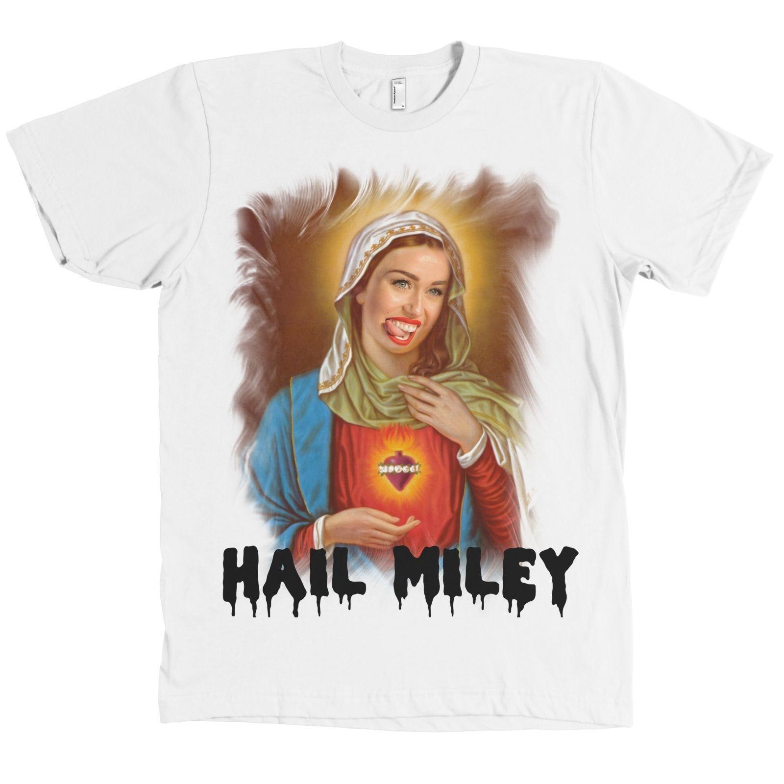 3efc77f238 Compre Saúdem Miley Cyrus Virgem Maria Bella + T Camisa De Lona Fã T  QUALIDADE SUAVE NOVO T Shirt De Manga Curta Plus Size Cor Camisa Impressão  T Camisa De ...