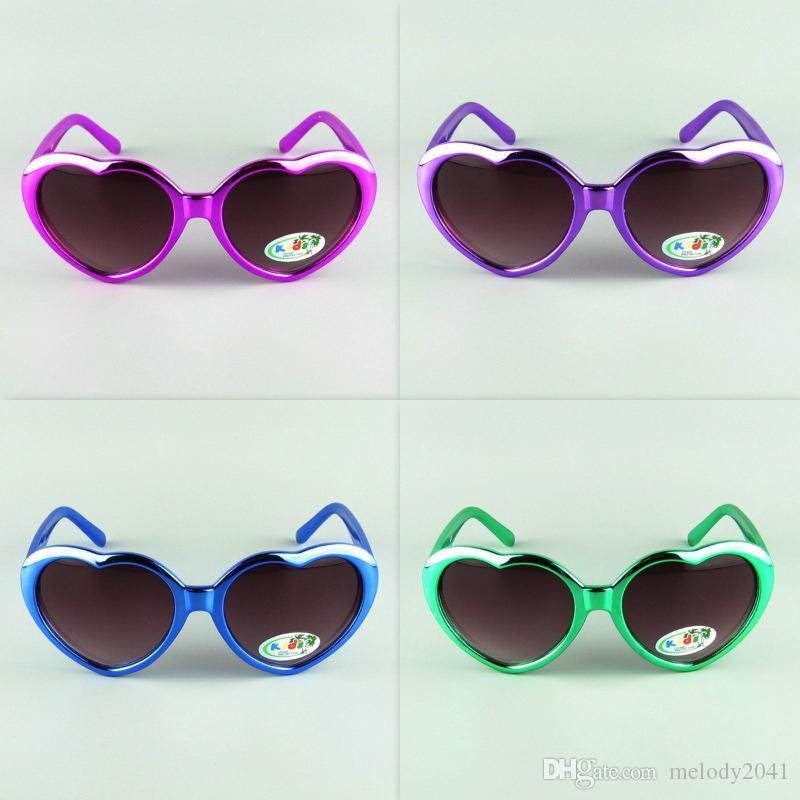 99cef039298 Kids Sunglasses Love Heart Shape Sun Glasses Shiny Colors Frame Children  Eyewear Cheap Wholesale Sunglasses Uk Polarised Sunglasses From Melody2041