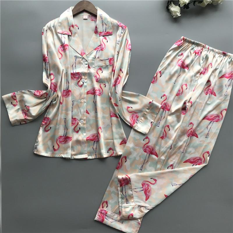71e28bc9f Compre 2019 Conjuntos De Pijamas Para Mujeres Con Pantalones Pijama De Seda  Flamingo Primavera Verano Estampado De Dormir Pijama Elegante De Noche Ropa  De ...