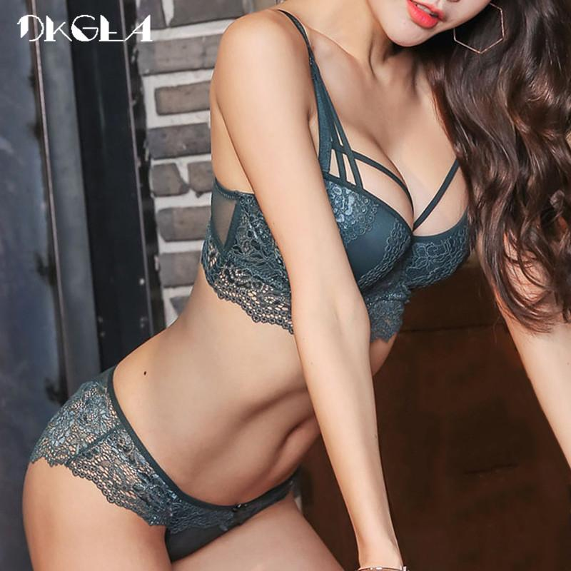 81d8b620aa 2019 New Top Sexy Underwear Set Cotton Push Up Bra And Panty Sets 3 4 Cup  Brand Green Lace Lingerie Set Women Deep V Brassiere Black From Colin scot