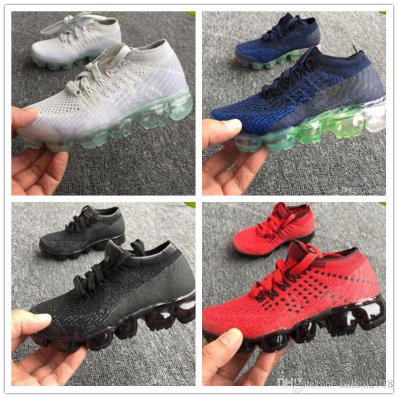 97cdf94713c8d0 Scarpini Da Calcio 2018 Bambino Bambino Air Knitting Portable Kids Running Shoes  Bambini 2018 Cuscino Flair Calzature Sportive Ragazzi Ragazze Training ...