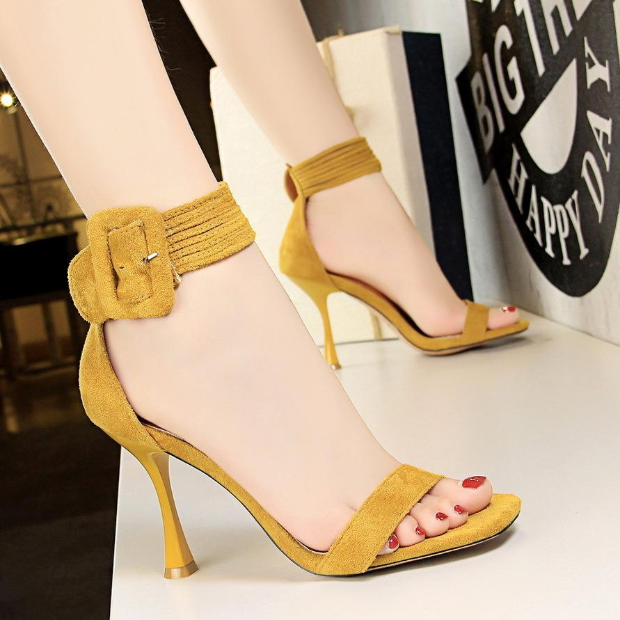 9b50469086434 Sexy2019 127-8 European Wind Sexy Nightclub Women's Shoes Wine Glass High  With Down Dough One Word Bring Toe Sandals