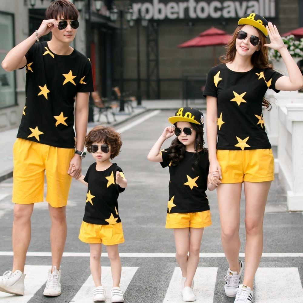 d2b968b387b75 Family Set Stars T Shirts+shorts 2pcs Clothes Mother Daughter Father Son  Clothing Sets Family Matching Outfits Family Look Ml Y19051103