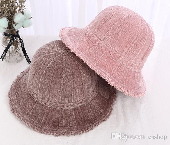 c63b16eca06 Korean Version of Autumn And Winter Pure Color Warm Fisherman s Hat ...
