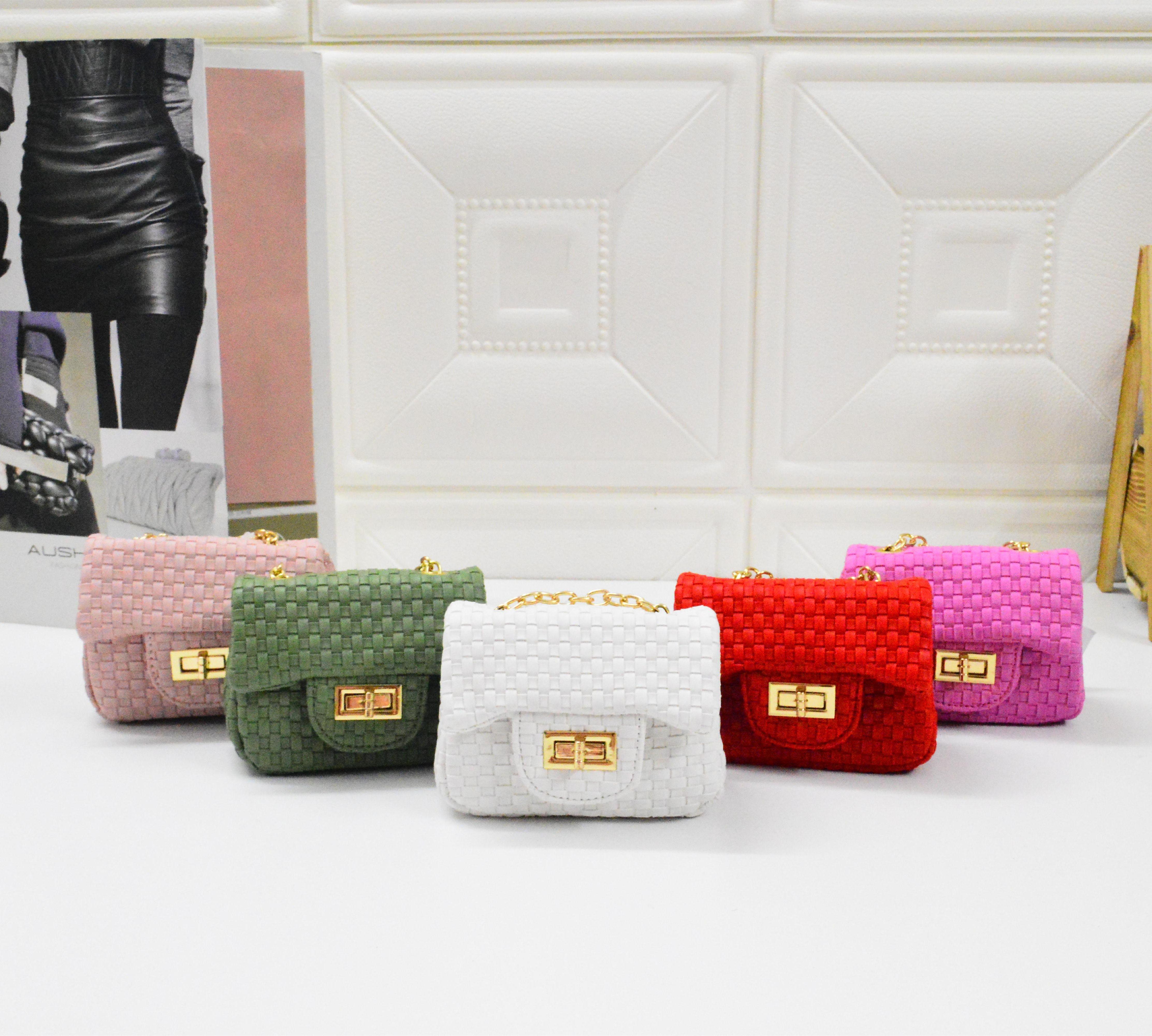 Kids Handbags 2019 Spring Summer Fashion Korean Baby Girls Mini Princess  Purses Knitted Pu Chain Cross Boay Bags Children Messenger Bags  Personalized Kids ... 703eadbd440a2