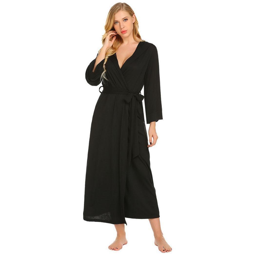 b11df0ef06 Ladies Full Length Hooded Dressing Gown - Gomes Weine AG