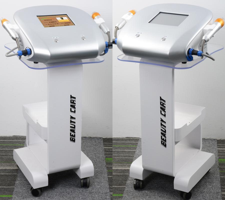 micro-aiguilles RF lifting du visage fractionnelle micro aiguille de la machine du visage pour le salon ou à domicile équipement RF