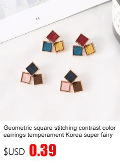 2019 New Korean Upscale Jewelry Wholesale Fashion Elegant Temperament Distorted Color Rhinestone Stud Earrings for Women