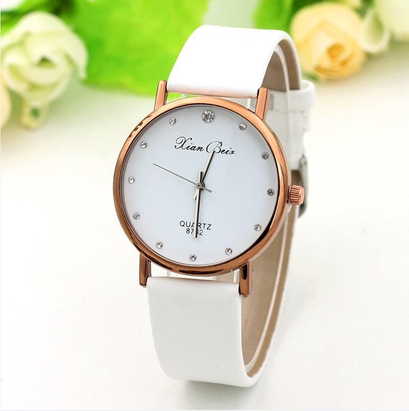 d9d39976de2 Hot Classic Quartz Couple Wrist Watch Men And Women Watches Relogio Feminino  Leather Strap Wristwatches Reloj Mujer Clock Gift Steel Sports Geneva Watch  ...
