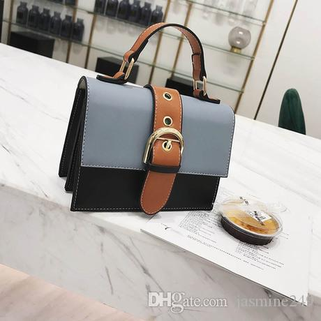 Korean Style Women s Handbags in Small Square New Fashion Flap ... 916d16ec7ed31