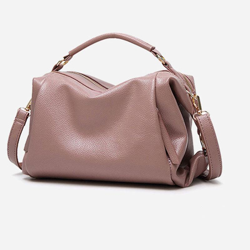 female 2018 new fashion female travel bag trend casual ladies shoulder bag large capacity travel