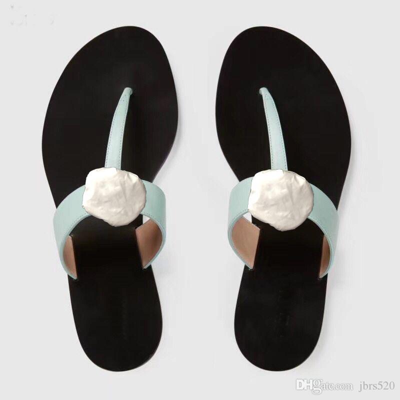 Erkekler Plaj Terlik Yaz Moda Kadınlar Flip-Floplar 100% Deri Bayan Terlik Metal Kadın Ayakkabı Düz Bayanlar Terlik Büyük Boy 35-41-42-45