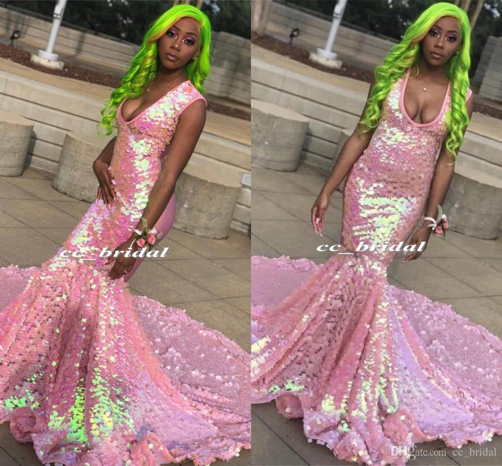 Sparkly Colored Sequin Mermaid African Prom Dresses 2019 Sexy V-Neck Black Girls Graduation Party Dress Formal Backless Vestido de Gala