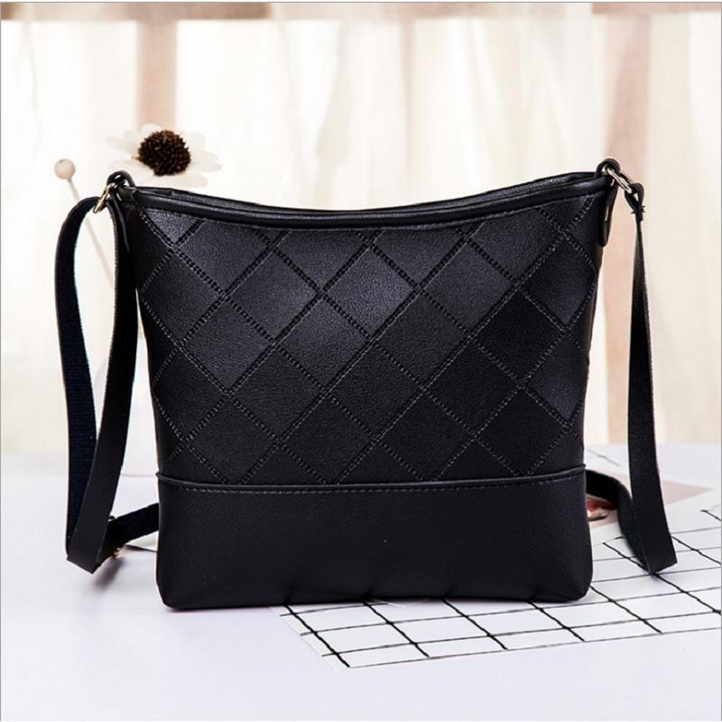 Hot sell designer Crossbody bag Women19ss Shoulder Package Fashion Luxury Chain Large Capacity Handbags PU Leather Free delivery