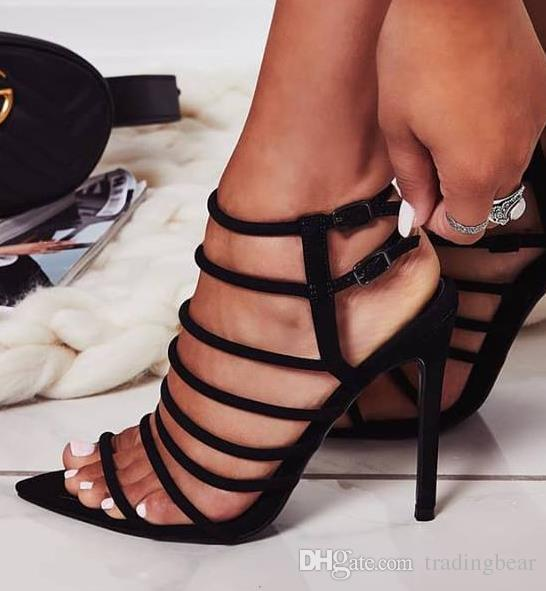 c70805ba0aa9 Compre Charm2019 Pop Preto Banda Estreita Multi Strappy Sandálias De Salto  Alto Gladiador Mulheres Apontou Toe Sapatos Para De Glassshoes, ...