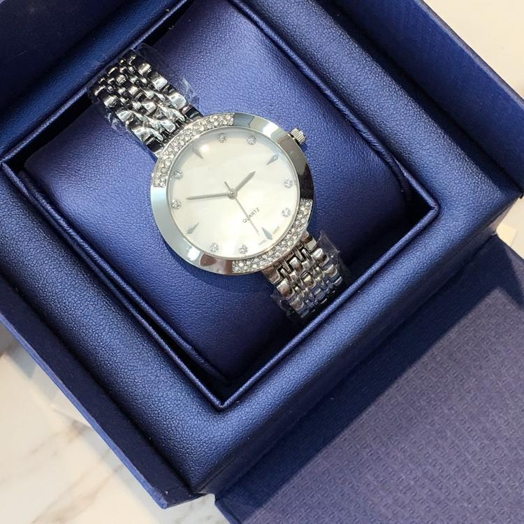 Top brand New model Luxury drops hipping Fashion lady dress watch Famous full diamond Jewelry nice Women watch Precio al por mayor de alta calidad