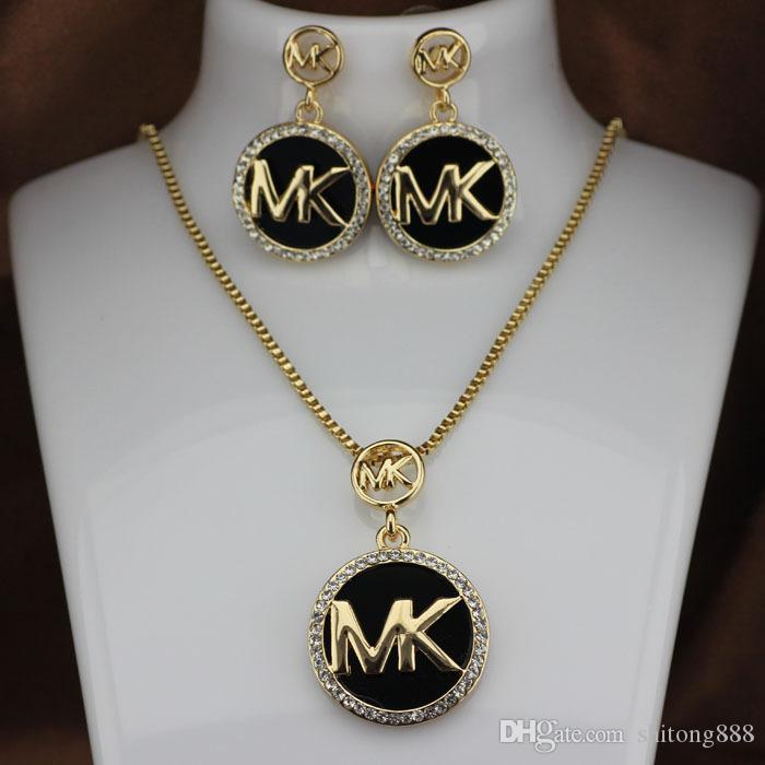 Fashion M brand T Necklace Stud Earrings Set Necklace Woman Full diamond flashing letter earrings