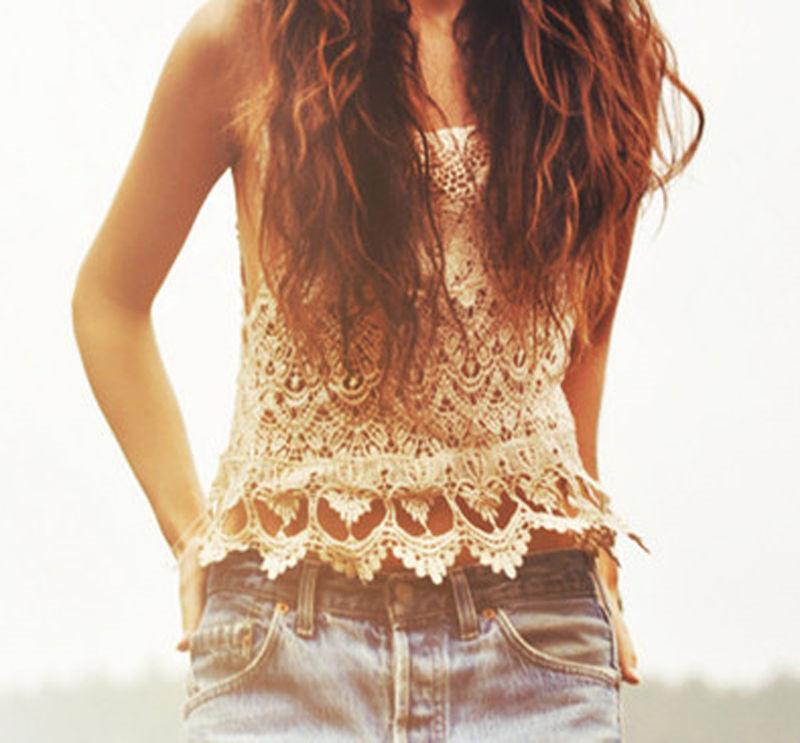1c1b5b7ba Mujeres chaleco de la vendimia sexy de encaje beige tops sin mangas  camiseta casual summer hippie boho bordado top ropa de playa ropa