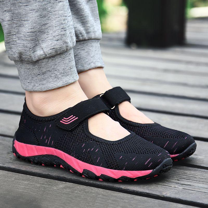 91bb8ba7728 Compre 2018 Zapatos Deportivos Para Mujer Transpirable Malla De Malla Con  Cordones Planos Ligeros Zapatillas De Deporte De Las Mujeres Zapatos De  Correr De ...