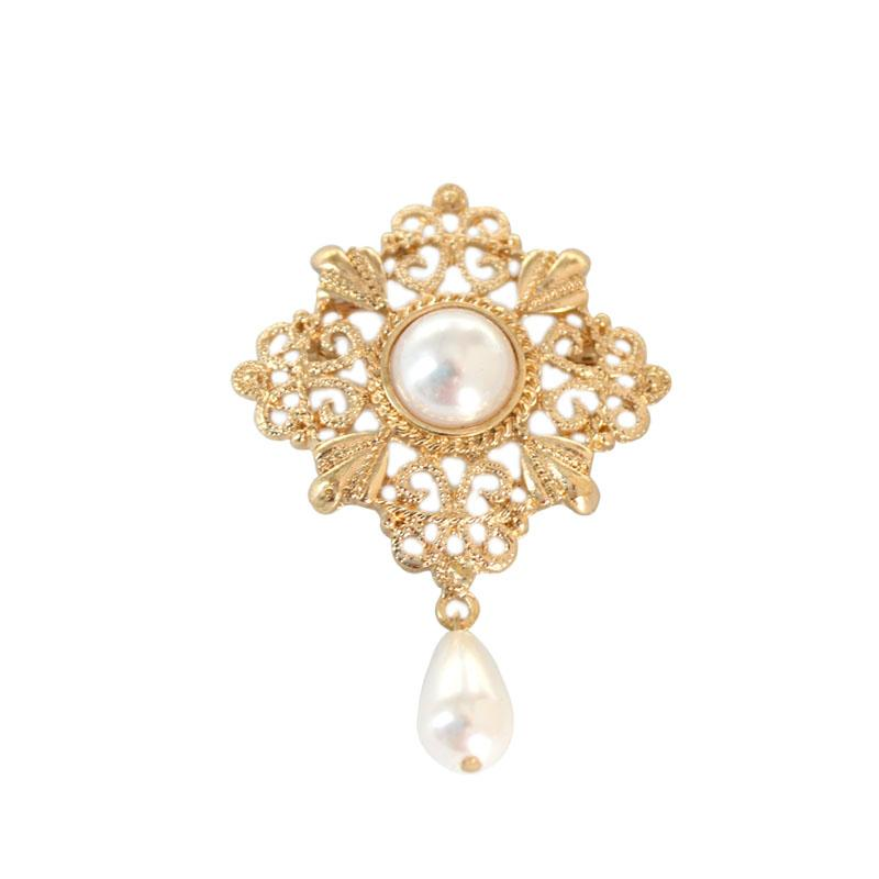 5ce926a36 SANSUMMER 2019 New Style Alloy Plating Brooch Fashionable Pearl ...
