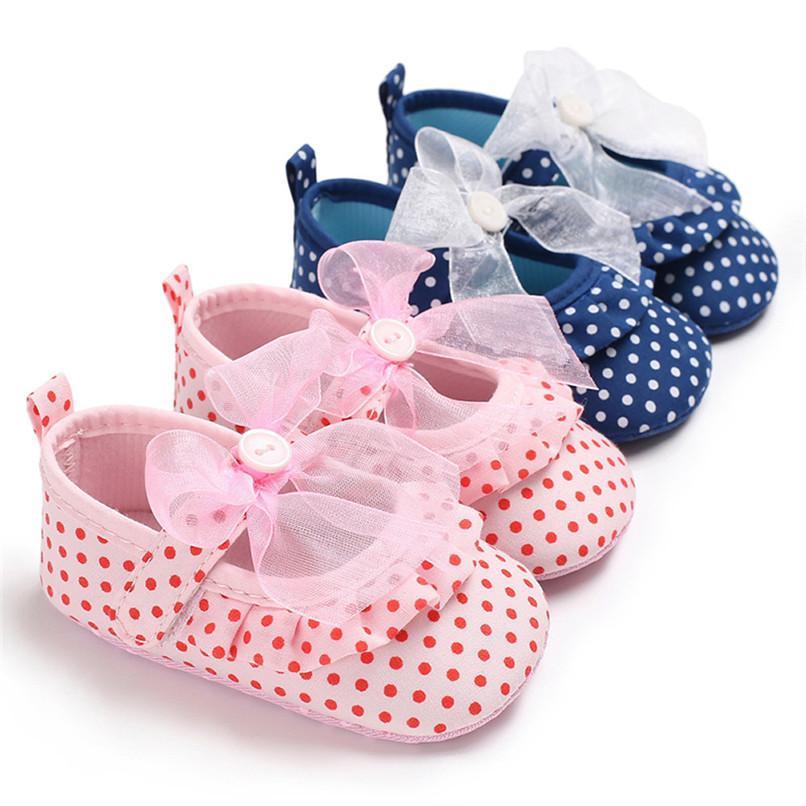 8d91d721c5 Compre 2 Cor Do Bebê Meninas Sapatos De Moda Infantil Da Criança Do Bebê  Meninas Onda Ponto Bowknot Sapatos Sapatos De Sola Macia Do Bebê Primeiro  Walker ...