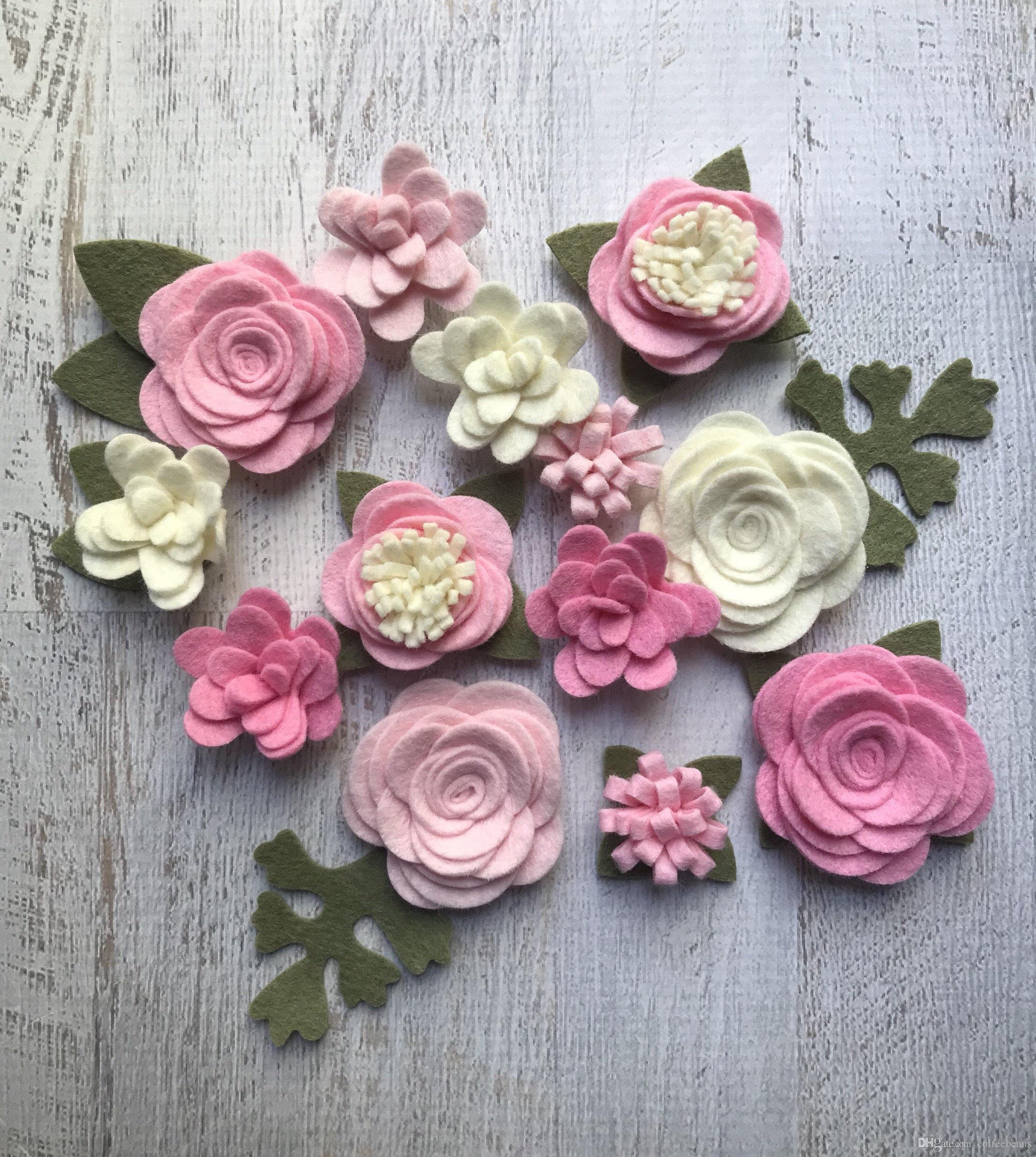 Compre Tela De Fieltro De Lana Simplemente Rosa Colletion Fieltro Flores  Grandes Posies 13 Flores 18 Hojas Crear Cintas Para La Cabeza Diy Coronas  De Pelo ... ddf659c6c853