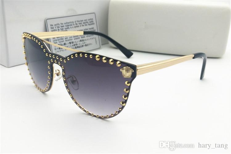475080542c ... Proteção Itália Designer De Corrente De Ouro Tyga Medusa Óculos De Sol  Dos Homens / Mulheres Óculos De Sol Frete Grátis De Kk168168, $18.27 |  Pt.Dhgate.