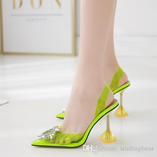 Artı boyutu 35 açık şeffaf ayakkabı kadınlar pvc 40 41 gümüş yapay elmas için sivri burun gelinlik ayakkabı lüks tasarımcı yüksek topuk pompalar
