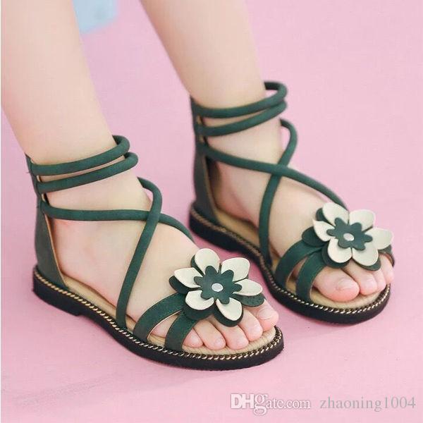 Enfants Sandales Avec Des Fleurs Pour Les Filles Princesse Chaussures D été Confortable Designer De Mode Kid Plage Sandale
