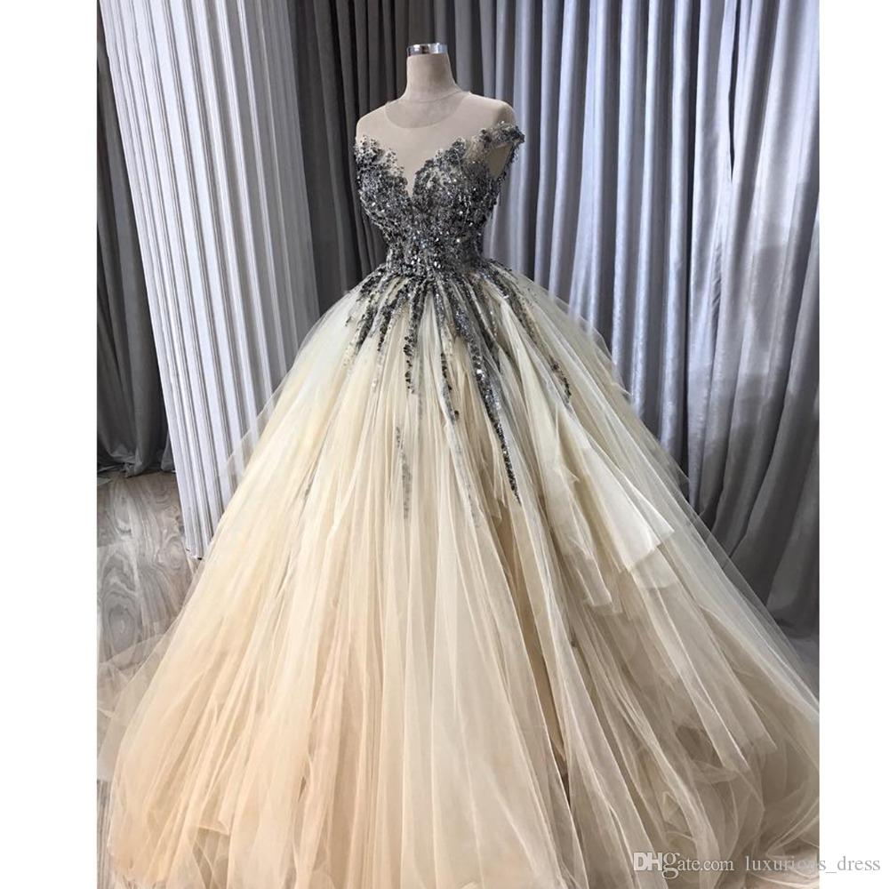 Crystal Beaded Tutu Evening Dresses 2019 Champagne Ruffles Long Evening Gogwns Short Sleeves Vestido De Formatura Graduation Dresses