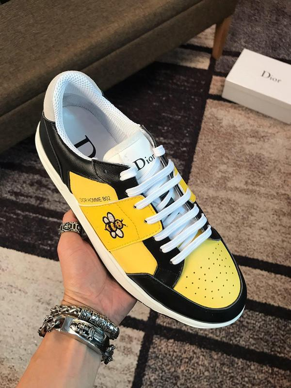 280207503 Classic Comfort Best-selling Fashion Hipster Must-have Small Bee Embroidery Yellow Buckles Lace-ups Loafers Drivers Sneakers Shoes