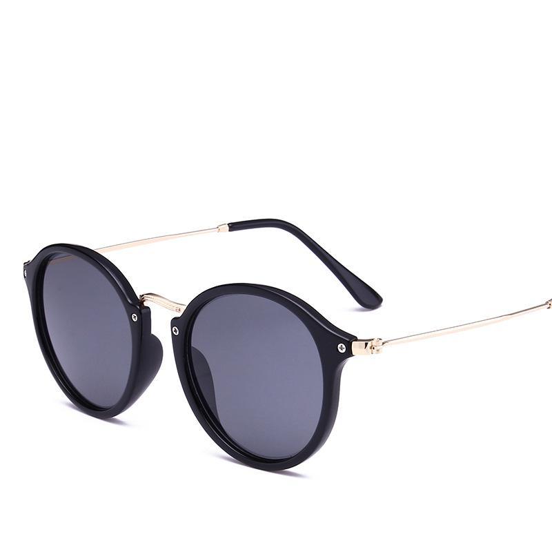 Compre 2018 Nova Chegada Rodada Óculos De Sol Retro Homens Mulheres Marca  Designer Óculos De Sol Revestimento Do Vintage Espelhado Oculos De Sol  Uv400 De ... 71dec1236a