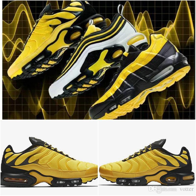 Acquista 2019 Nuovo Arrivo Nike Air Max 95 TN Plus Yellow Frequency Pack Scarpe  Da Corsa Uomo Di Alta Qualità Da Donna Formatori Sneakers Da Donna Taglia  36 ... 01bacf10cc5