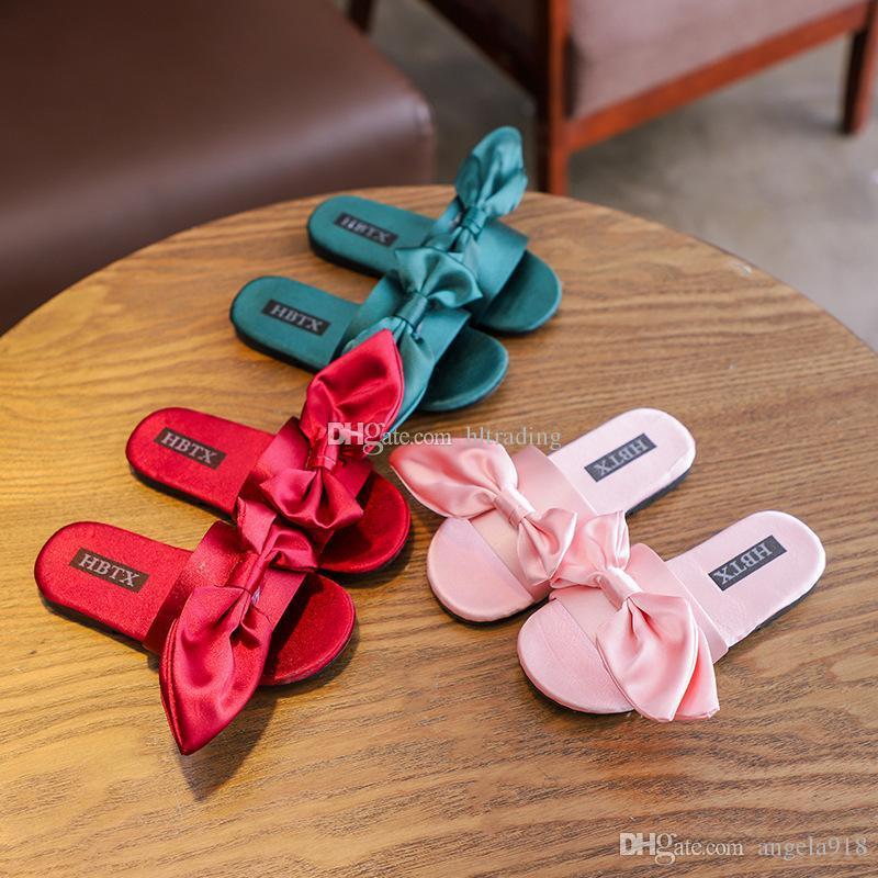 5249f5d8d7 Compre Baby Silk Big Bow Sandálias 2019 Verão Moda Crianças Chinelo  Crianças Meninas Sapatos C6263 De Angela918